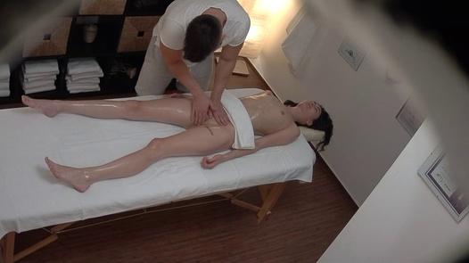 CZECH MASSAGE 389   Czech Massage 389