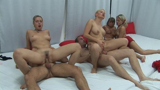 Big tits everywhere 3