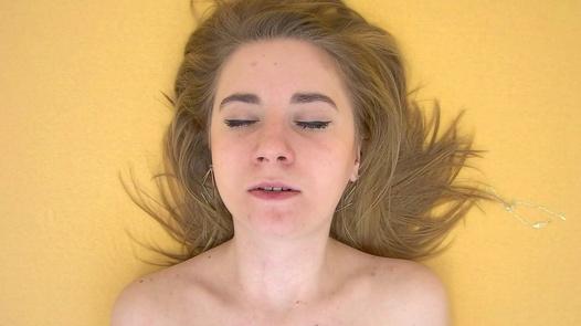 Gentle rub | Czech Orgasm 9