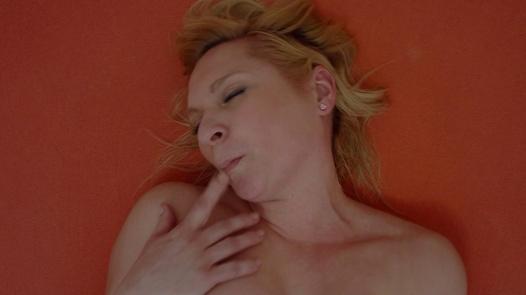 Busty MILF fingering herself | Czech Orgasm 102