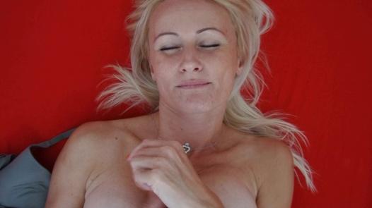 Dream MILF   Czech Orgasm 181