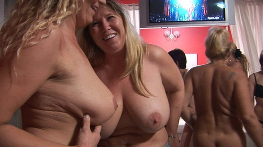 Party with mature women 2