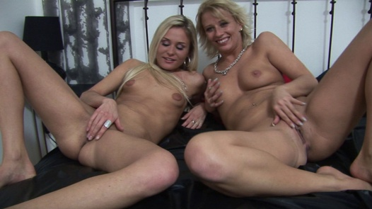 Party with the blondes (3) | Czech Parties 4 díl 3