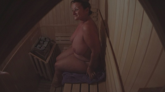 reife frauen sauna