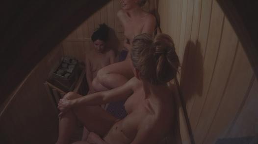 Tři žhavý kundičky 2