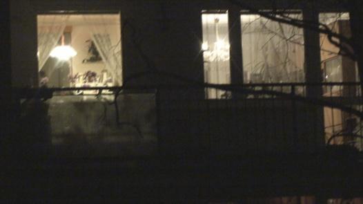Snooper behind the window | Czech Snooper 2