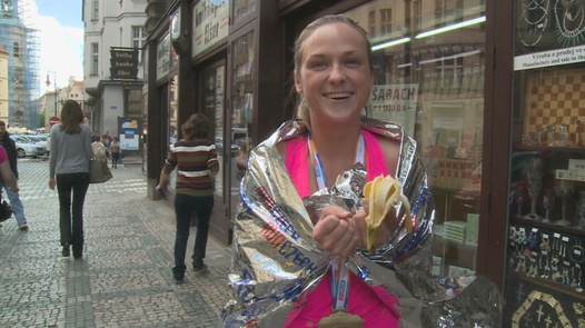 Prague marathon girl