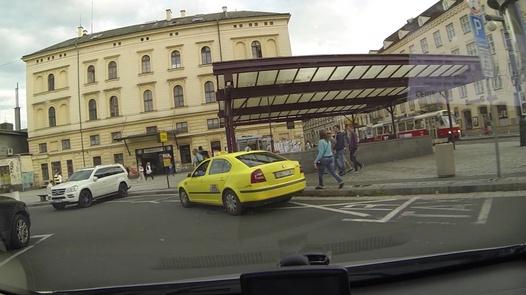 Pussy shower | Czech Taxi 11