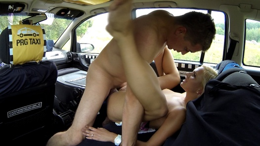 Squirting romance | Czech Taxi 17
