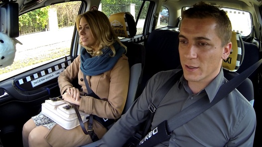 Married lady squirts | Czech Taxi 19