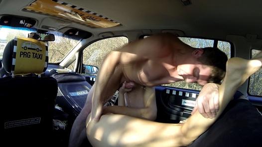 Squirting G spot   Czech Taxi 21