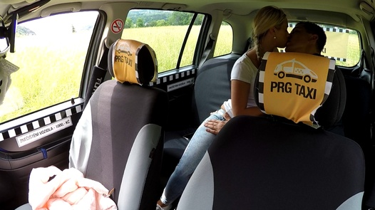 Model's first squirt | Czech Taxi 29