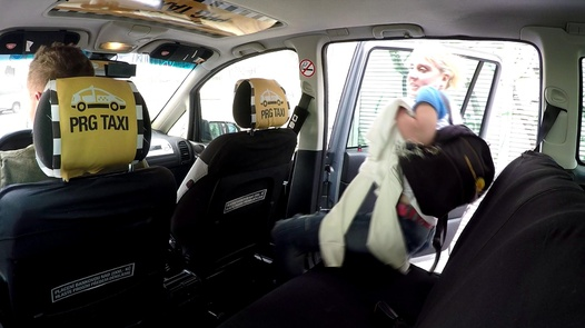 Cheating bitch | Czech Taxi 38