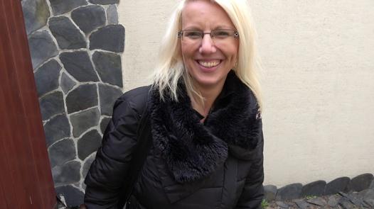 CZECH WIFE SWAP 7/1 (Nympho and frigid) | Czech Wife Swap 7 part 1
