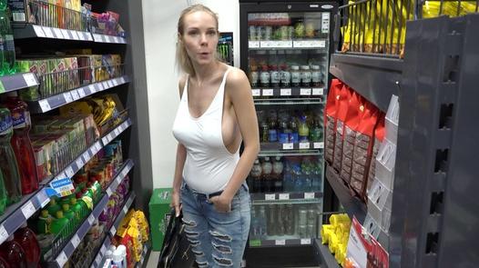 Wife Swap 11/2 (Super busty supermodel) | Czech Wife Swap 11 part 2