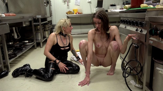 Fisting & Squirting with huge salami! | Dirty Sarah 1 part 5