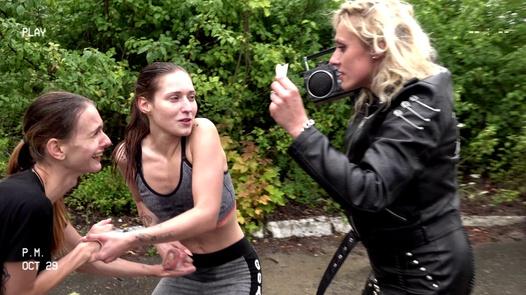 Welcome rain | Dirty Sarah 3 díl 1