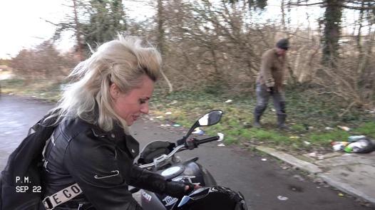 Homeless Hole | Dirty Sarah 5 part 1