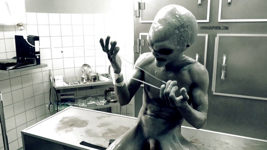 UFO from Roswell (Gay Edition)   Gay Horror Porn 2