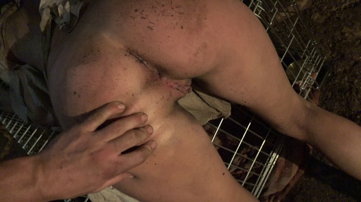The girl in the cage | Horror Porn 3