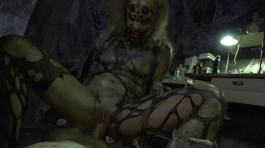 Female spider | Horror Porn 17