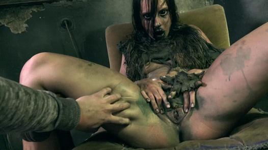 Evil Dead   Horror Porn 22