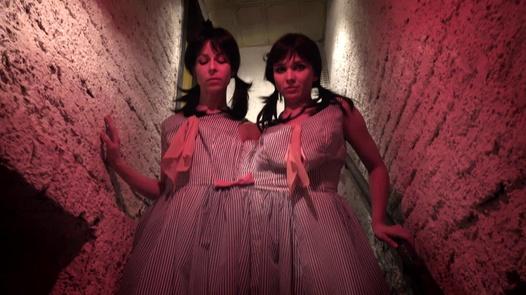 Freak House Siamese Twins  Horror Porn-8378