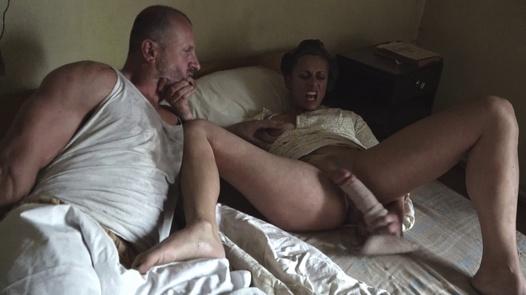 Unerwartetes Frühstück | Perverse Family 1 Teil 1