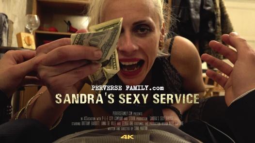 Sandra´s sexy service