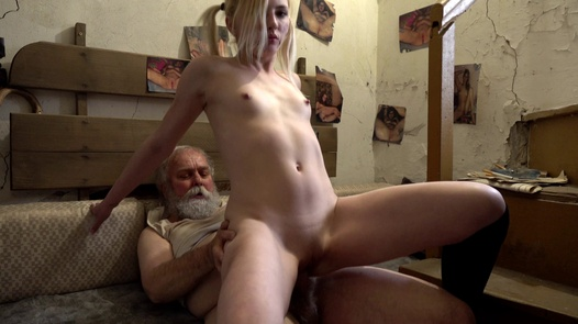 Present for Grandpa | Perverse Family 2 part 2