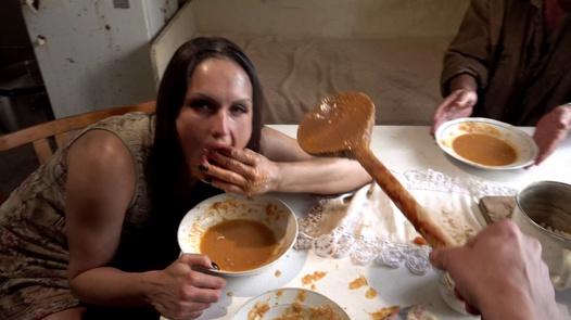 Disgusting Aunt Breeda | Perverse Family 3 díl 21