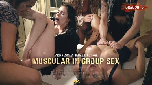 Muscular in Groupsex