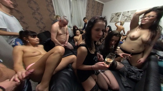 The biggest group orgy of all times in 180° | X Virtual 16