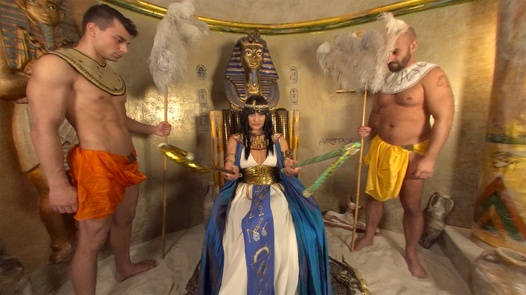 Cleopatra in 180° | X Virtual 32