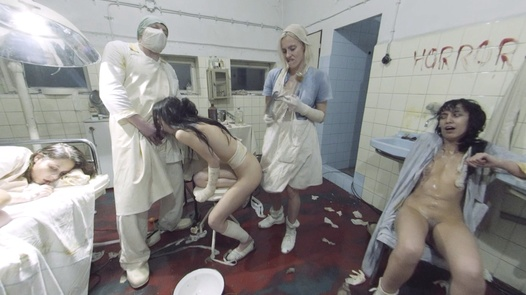 Nemocnice na kraji pekla ve 180° | X Virtual 39