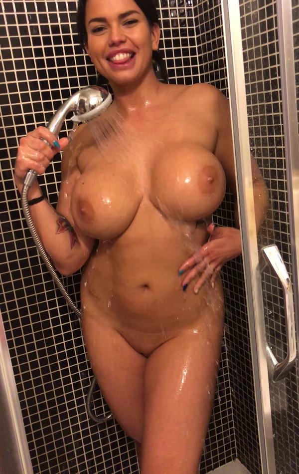 Miss wet tits
