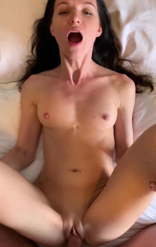 Lina Arian Joy wants to fuck