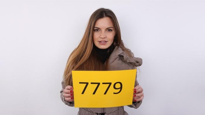 Zuzana (28)