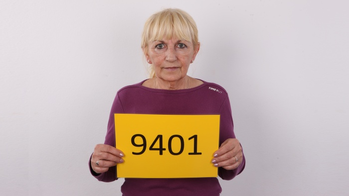 Anna (63)