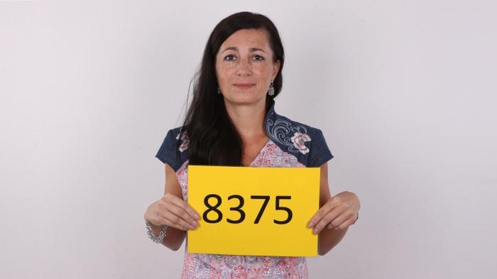 Denisa (42)