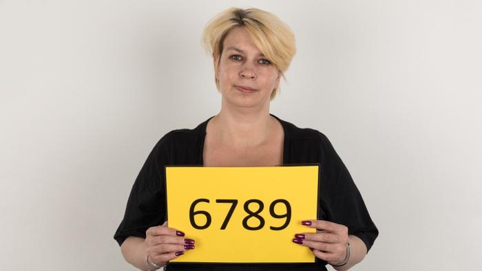 Mirka (42)