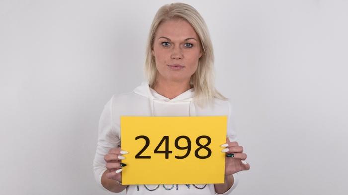 Simona (27)