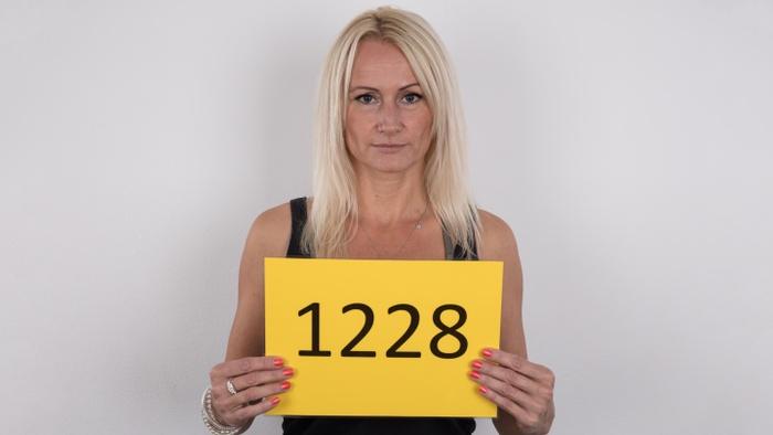 Milena (43)