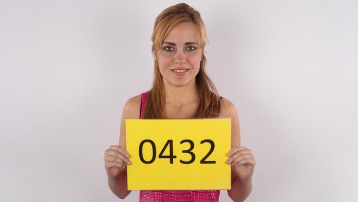 Lenka (30)